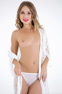 Linda In Sexy White Lace 01