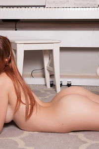 Ginger Playboy Babe Caitlin McSwain Gets Nude 11