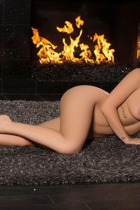 Amazing Playboy Cybergirl Shelly Lee Poses Naked 15