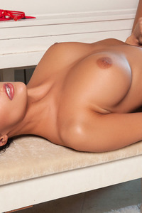 Gorgeous Hailey Lynzz Playmate 10