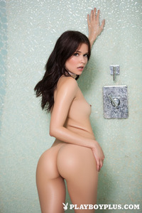 Salena Storm In The Shower 07