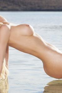 Jennifer Vaughn The Golden Mermaid 04