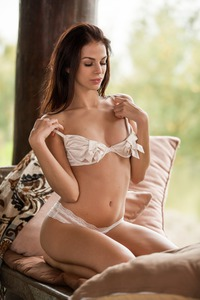 SOPHIE IN SERENE AND SEXY 00