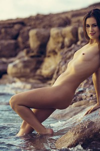 DEMI FRAY IN ROCKY SHORES 07