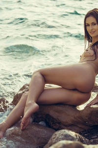 DEMI FRAY IN ROCKY SHORES 08