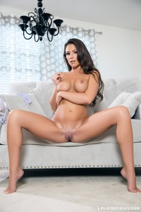 Naked Show By Candace Leilani 10