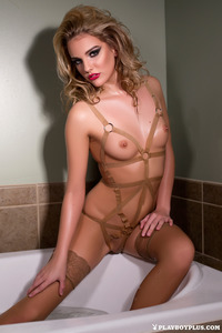 Kenna James Naked In Tha Bath 02
