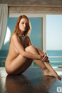 Hot Leanna Decker Nude Photos 07