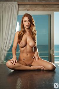 Hot Leanna Decker Nude Photos 10
