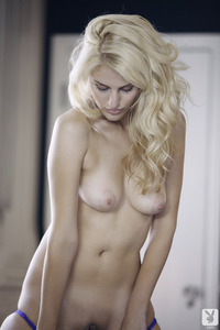 Laura Lovett Amateur Playboy Babe 04