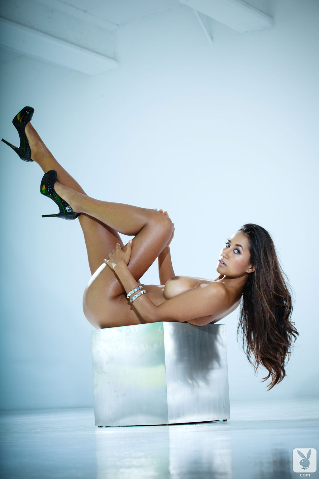 Jeannie Santiago Hot Playboy Coed Girl 08