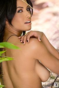 Beautiful Exotic Playmate Kylie Johnson 06