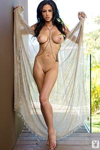 Beautiful Exotic Playmate Kylie Johnson 15