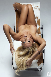 Cybergirl Jennifer Vaughn Bronze Beauty 04
