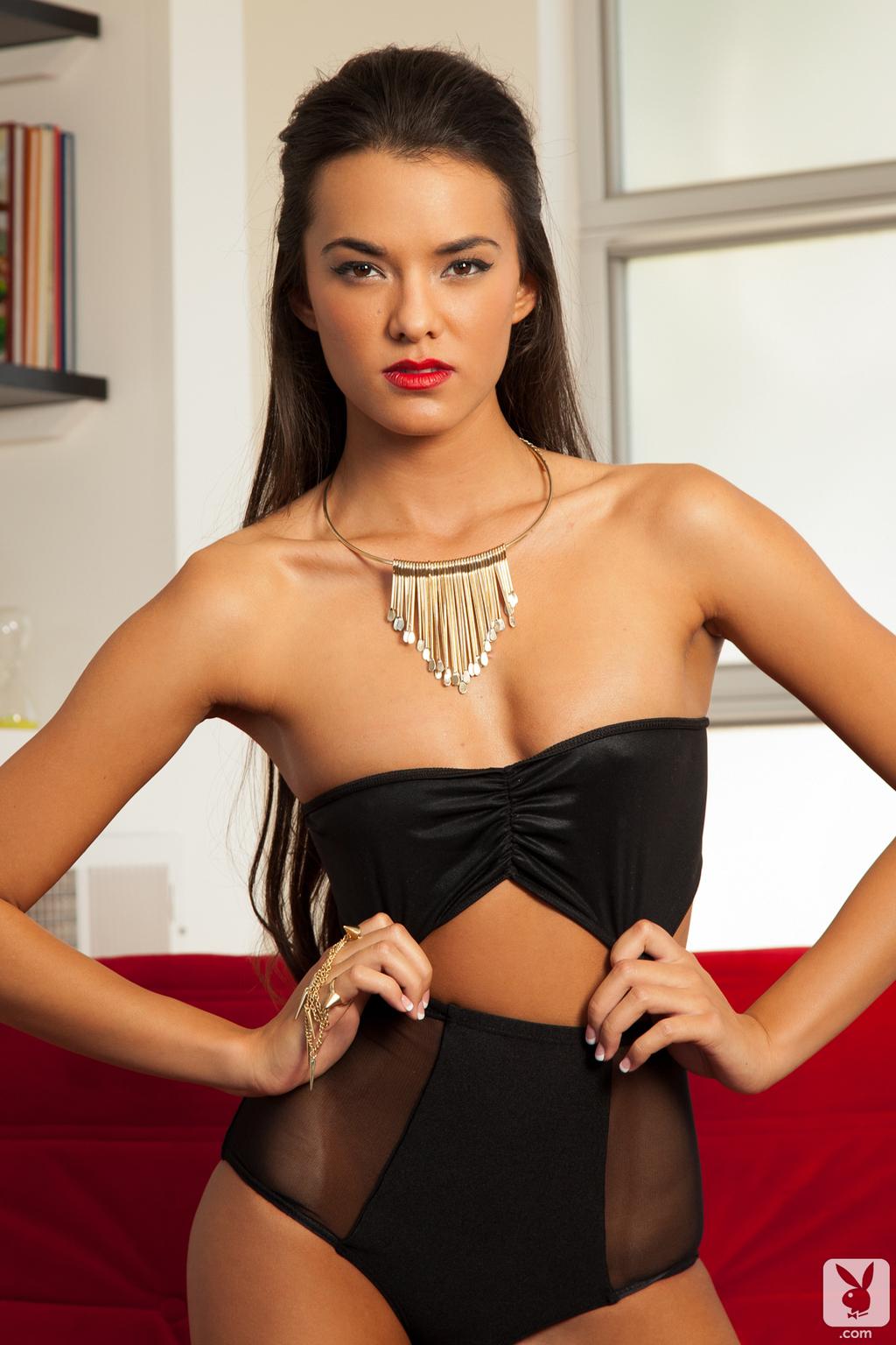 Joanie Brosas Sexy Amateur Playboy Girl 01
