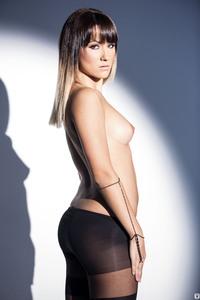 Cybergirl Kimberly Kisselovich - Lost In The Spotlight 01