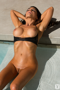 Sexy Playmate Tishara Lee Cousino - Soaking In The Sun 15