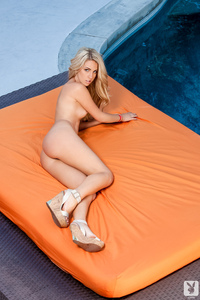 Blond Beauty Samantha Autum Sexy Playboy Photos 10