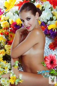 Sexy Playmate Jaclyn Swedberg - Wild Rose 13