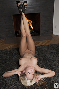 Blond Cybergirl Jessie Ann Hot Spot 12