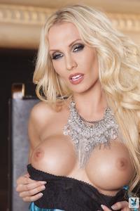 Busty Blond Cybergir Jennifer Vaughn In Hot Stockings 00