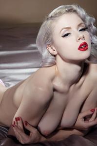 Sexy Cybergirl Mosh 10
