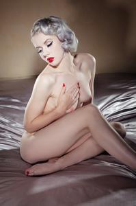 Sexy Cybergirl Mosh 13