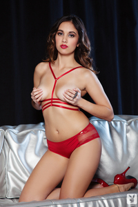 Sexy Babe Anna Capri Red Hot 02