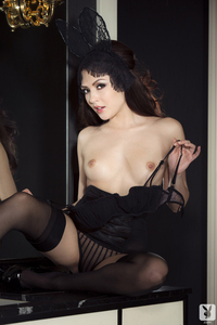 Cybergirl Cassie Laine Puts A Modern Spin On The Playboy Bunny 02