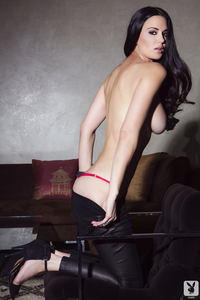 Playmate Tiffany Taylor Is An Erotic Siren 08
