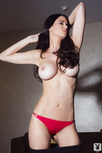 Playmate Tiffany Taylor Is An Erotic Siren 09