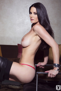 Playmate Tiffany Taylor Is An Erotic Siren 10