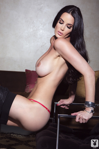 Playmate Tiffany Taylor Is An Erotic Siren 11
