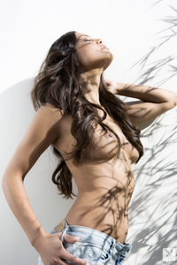 Raquel Pomplun Playboy Playmate Of The Year 2013 01