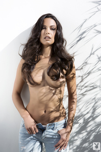Raquel Pomplun Playboy Playmate Of The Year 2013 02