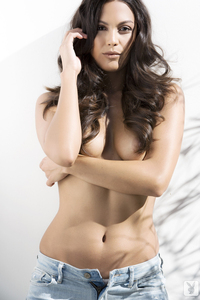 Raquel Pomplun Playboy Playmate Of The Year 2013 03