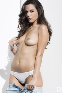Raquel Pomplun Playboy Playmate Of The Year 2013 07