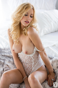Playmate Kennedy Summers Luscious Candy 09