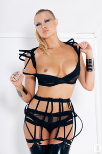 Playmate Irina Voronina 01