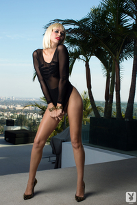 Playmate Kennedy Summers Exclusive Photo Gallery 09