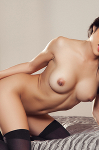 Cybergirl Thuy Li Free Playboy Photo Set 08