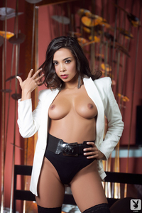 Marga Cifuentes Classy And Sultry 02