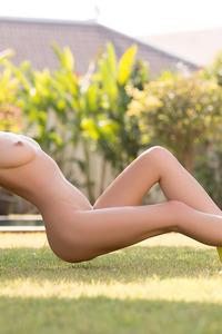 Alice Blonde Playmate 19