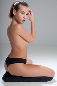 Katia Martin Posing Naked In The Studio 10
