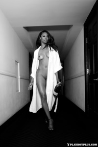 Eugena Washington Posing Sensual To You 13