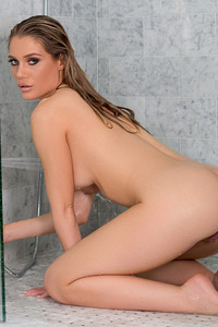 Anna Opsal In Sensual Shower 11