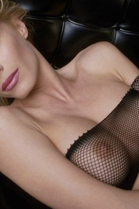 Nicoletta Blue In Fishnet Stockings 13