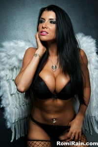 Romi Rain Black Haired Angel 02