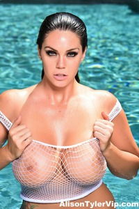 Alison Tyler Has Two Big Melons Porn Pics Gallery 07