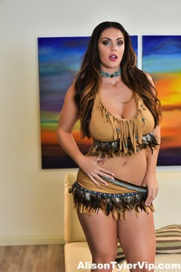 Busty Milf Alison Tyler Shows Her Chubby Body 00